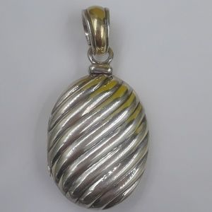 Authentic David yurman oval 925/18k locket